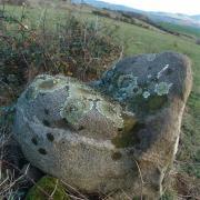 pierre en forme de chaise